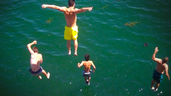 Cliff Jumping in Jamestown